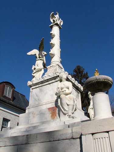 Tripolitan Monument Annapolis via edsel12 on flickr